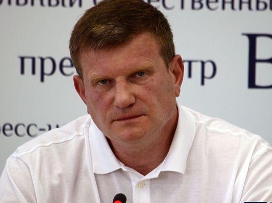 В Волгоградском отделении партии «Российские пенсионеры за справедливость» не хотят выдвигать Олега Савченко в Госдуму