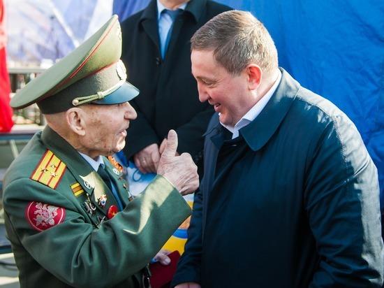 Защитник Сталинграда отмечает свое 97-летие в день Крымской весны