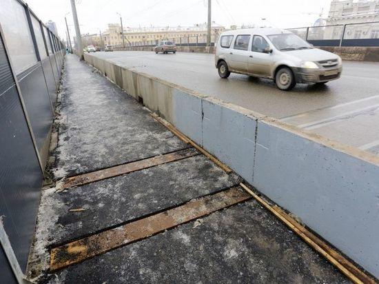 Исправлять недочеты в ремонте Комсомольского моста будет новый подрядчик