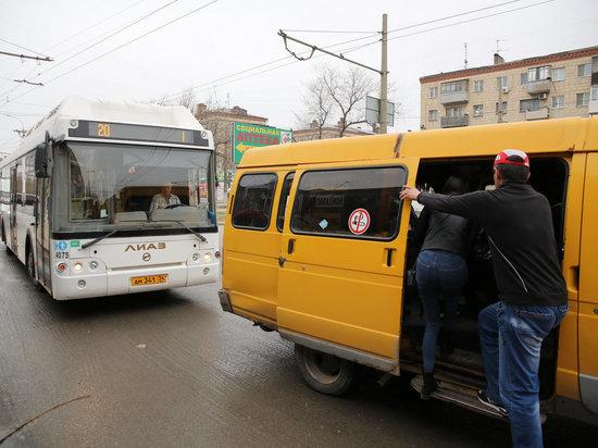 В Волгограде отмененные маршрутки прикрываются табличкой «заказной»