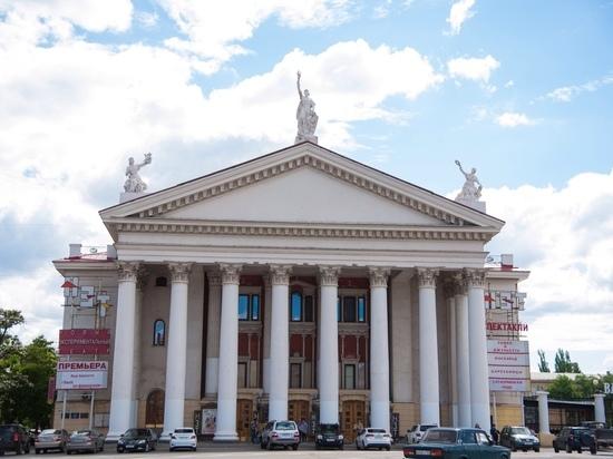 Волгоградские театры рассказали о закулисной жизни