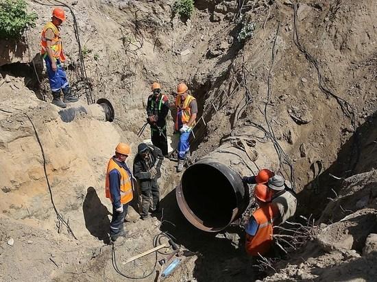В Волгограде к сетям подключают 36-метровый водопровод