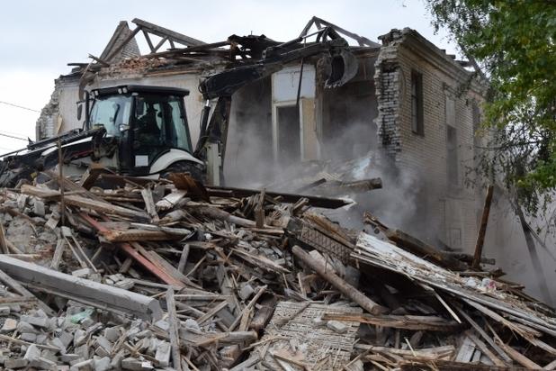 ВВолгограде снесли двухэтажку, изкоторой доэтого расселили восемь семей