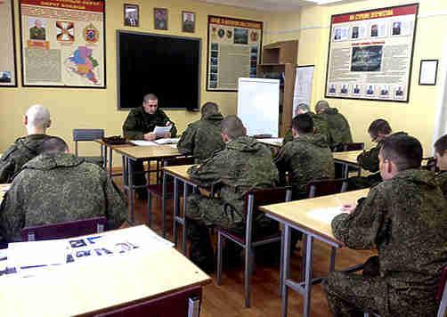 600 новобранцев пополнили волгоградское мотострелковое соединение