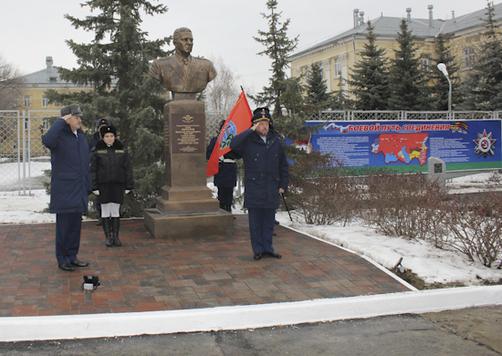Памятники курск цены Камышин цены на памятники из гранита и мрамора