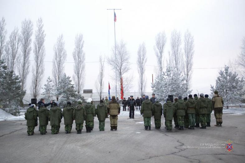 ВВолгограде набазе СОБРа открылась новая смена лагеря «Вектор мужества»