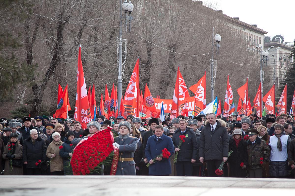 В Волгограде начались торжественные мероприятия, посвященные 73-летию Победы советских войск в Сталинградской битве