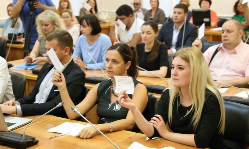 Волгоградцы одобрили сокращение количества депутатов вгородской Думе