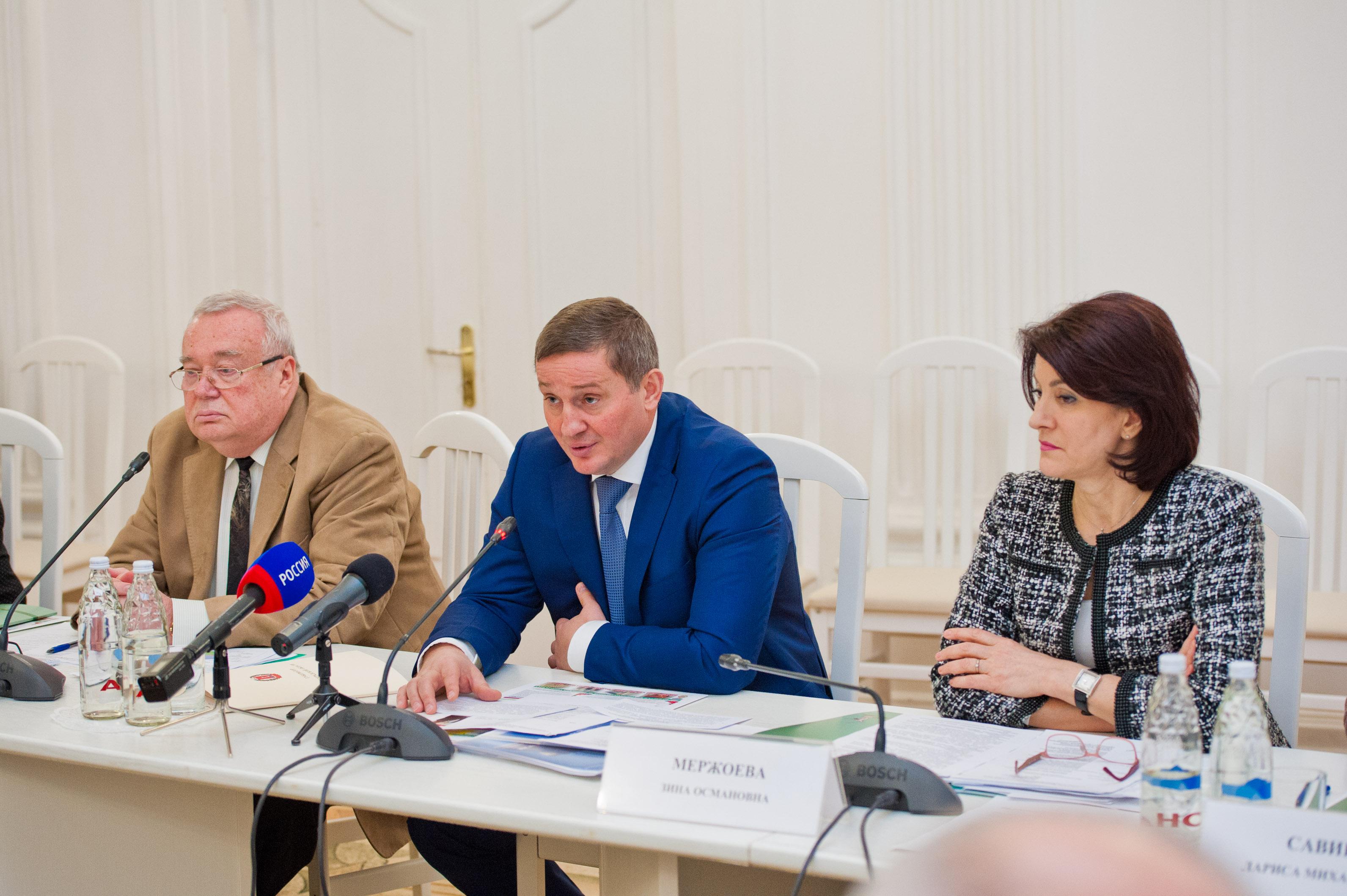 Дорожники вВолгоградской области починят в предстоящем 2018 неменее 160км автотрасс