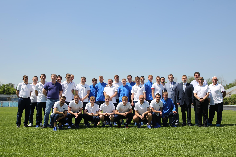 Новым тренером «Ротора» стал легендарный футболист Валерий Есипов
