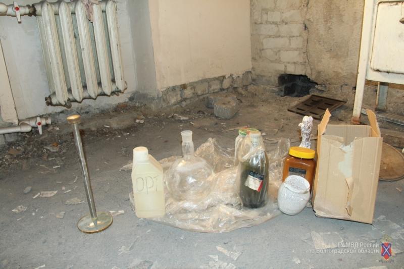 ВКамышине полицейские задержали подозреваемого в создании исбыте амфетамина