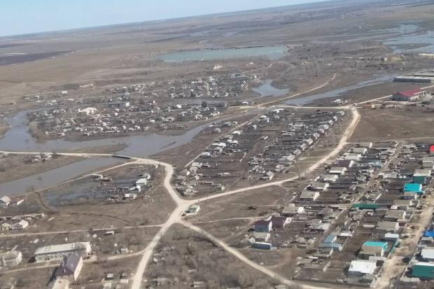 Губернатор Волгоградской области и руководитель регионального МЧС облетели подтопленные территории