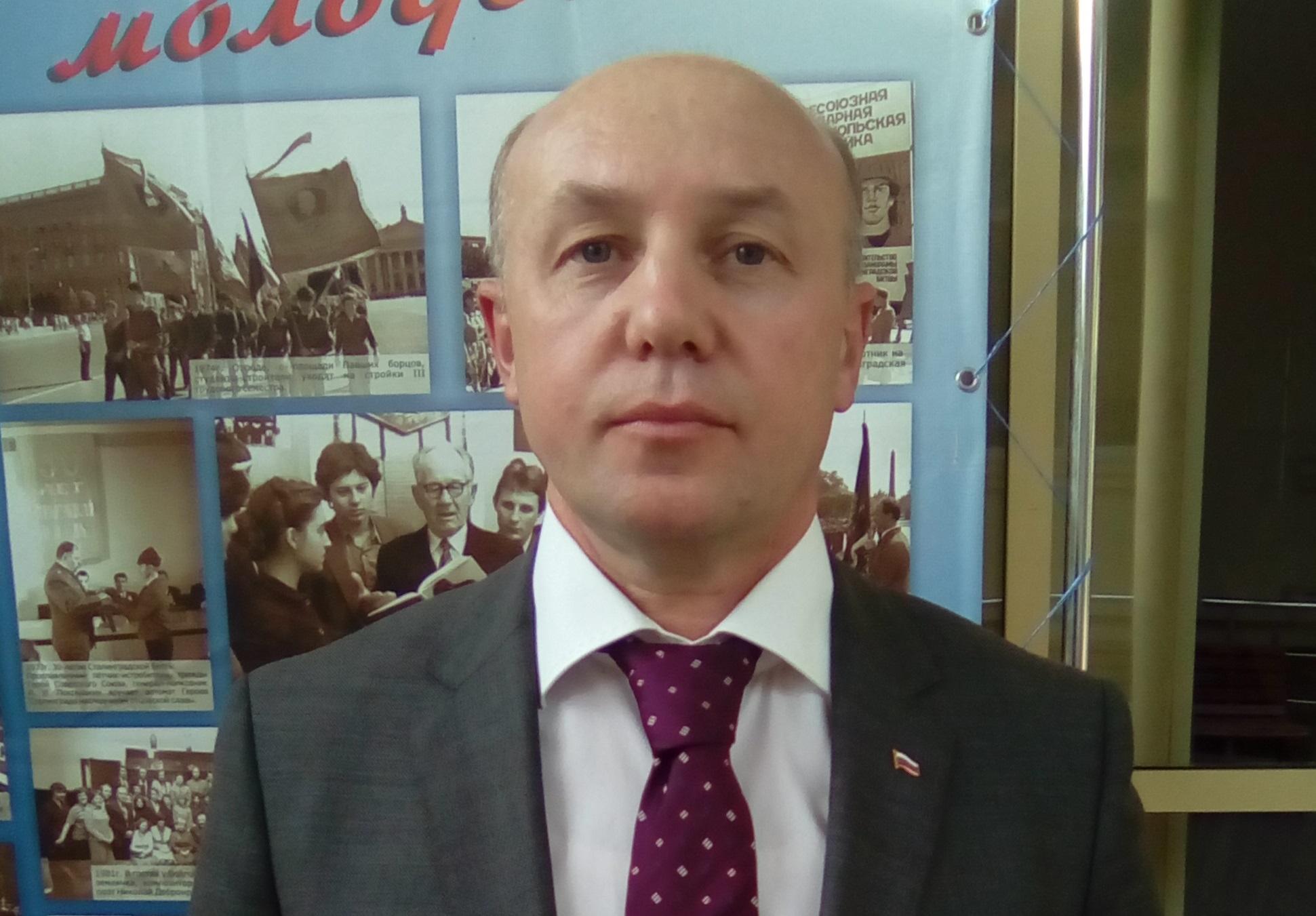 Единороссы иобщественники выдвинули воблизбирком еще 2-х претендентов