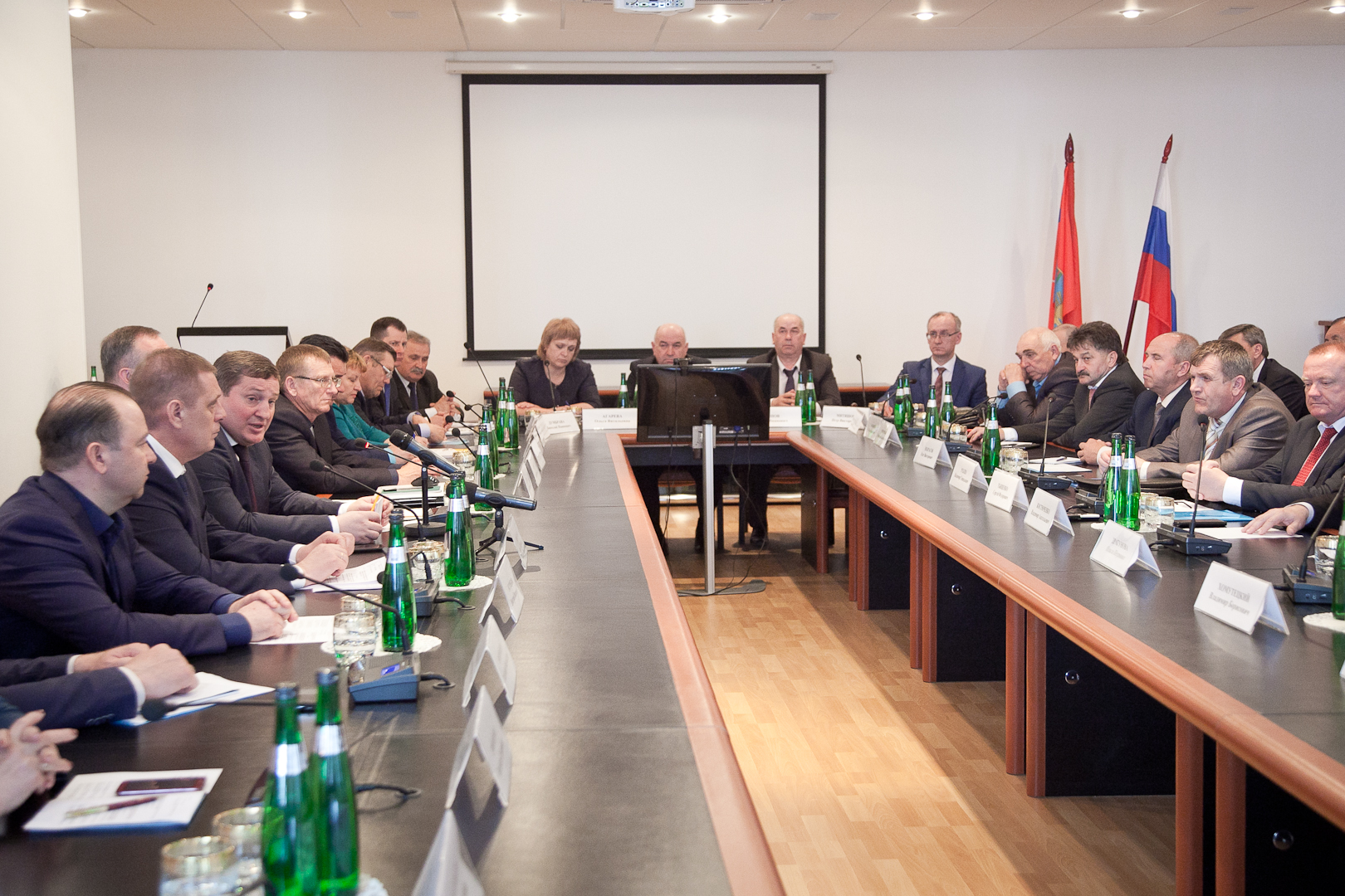 ВВолгоградской области будут обучать управляющих муниципальных представительных органов