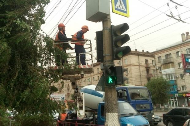ВВолгограде продолжается установка современного светофорного оборудования