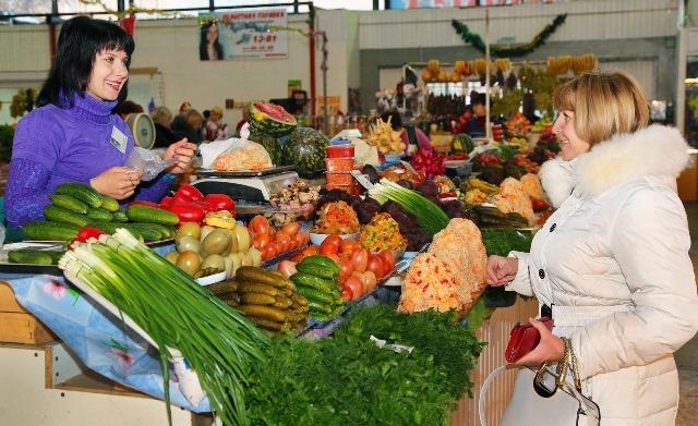 ВВорошиловском районе расширяют иблагоустраивают рынок