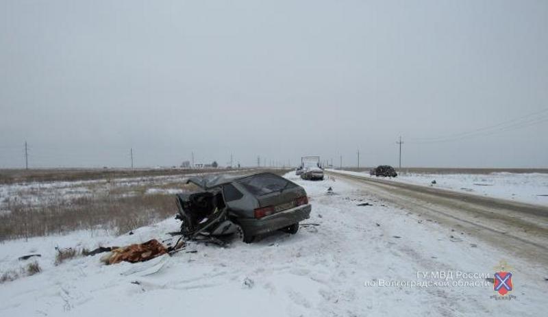 Натрассе «Волгоград- Астрахань» встолкновении «Киа» и«ВАЗ-2114» умер  мужчина