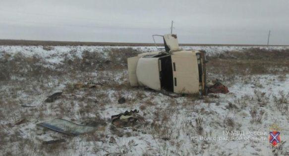 81-летний лихач наВАЗ-2106 умер вДТП под Волгоградом