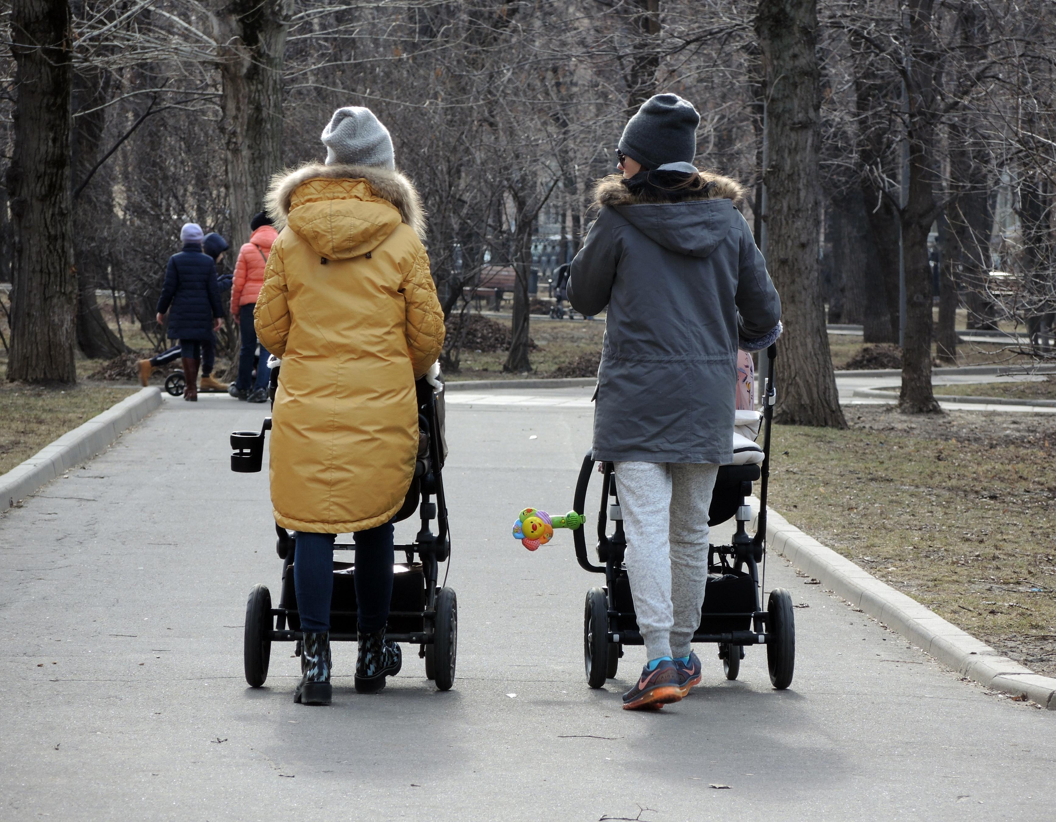 порно молодых мамаш русских бесплатно фото