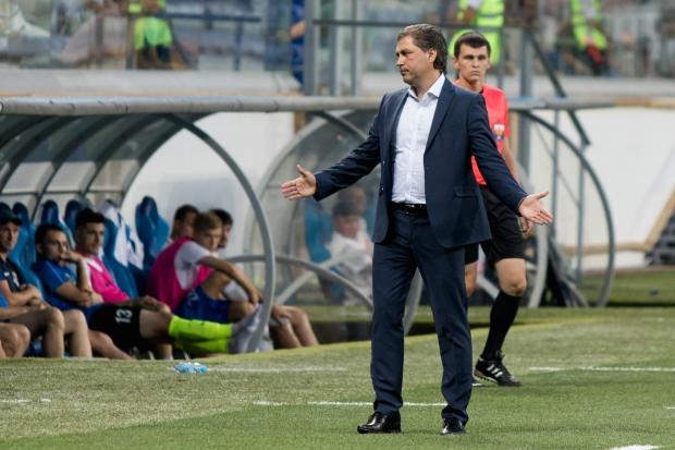 Очередной главный тренер волгоградского «Ротора» ушел вотставку, непроработав 3-х месяцев