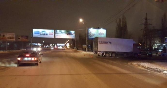 Трое взрослых и11-месячный ребенок пострадали вавтоаварии вВолгограде