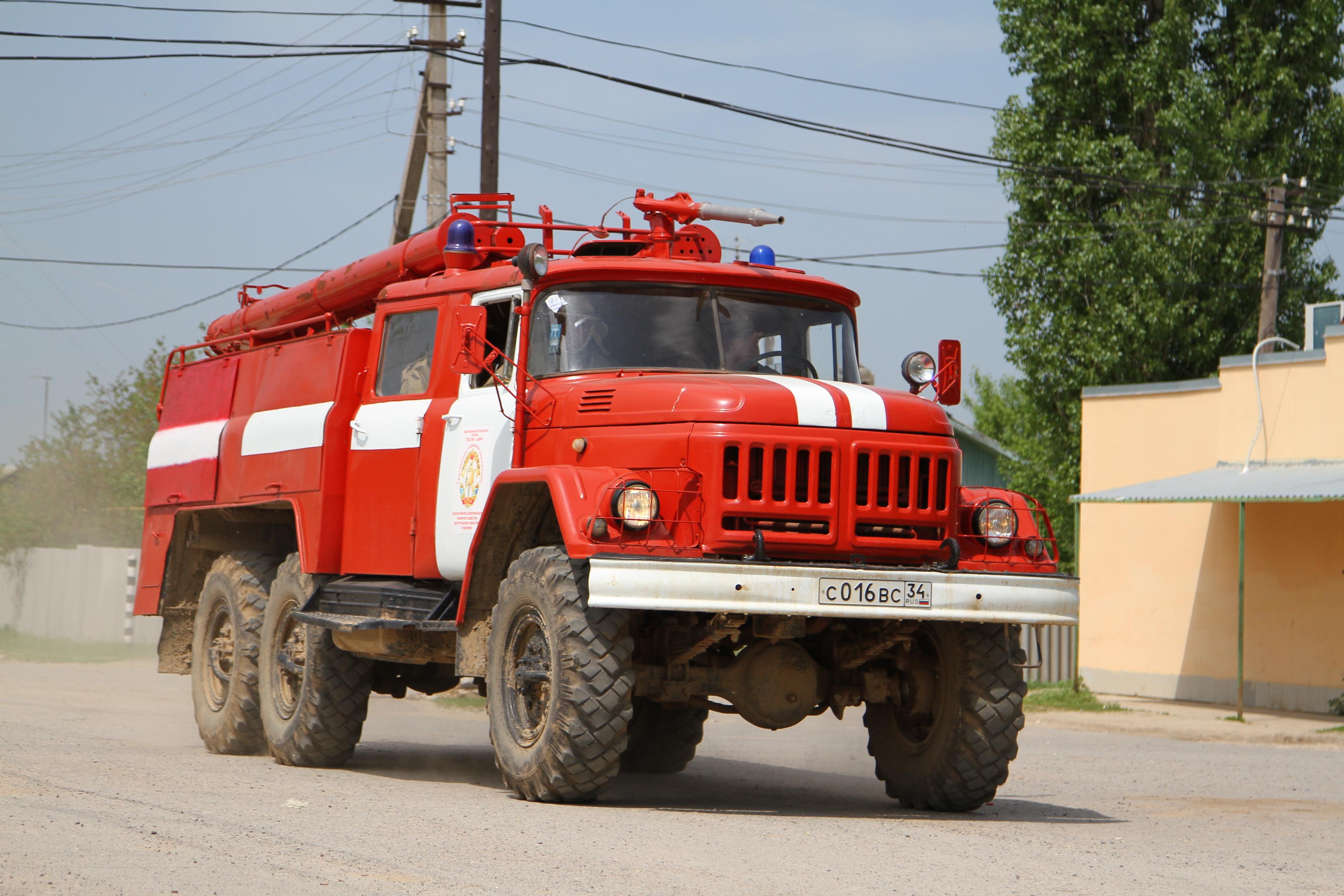 Три человека живьем сгорели впожаре впоселке Волгоградской области