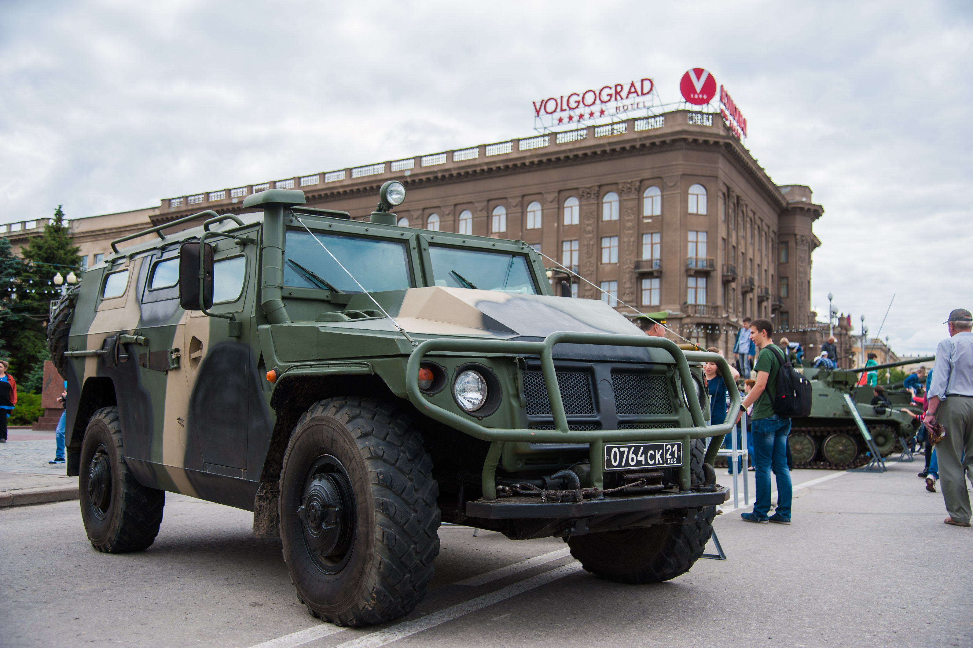Поволгоградским дорогам ибездорожью проедут русские иегипетские военные