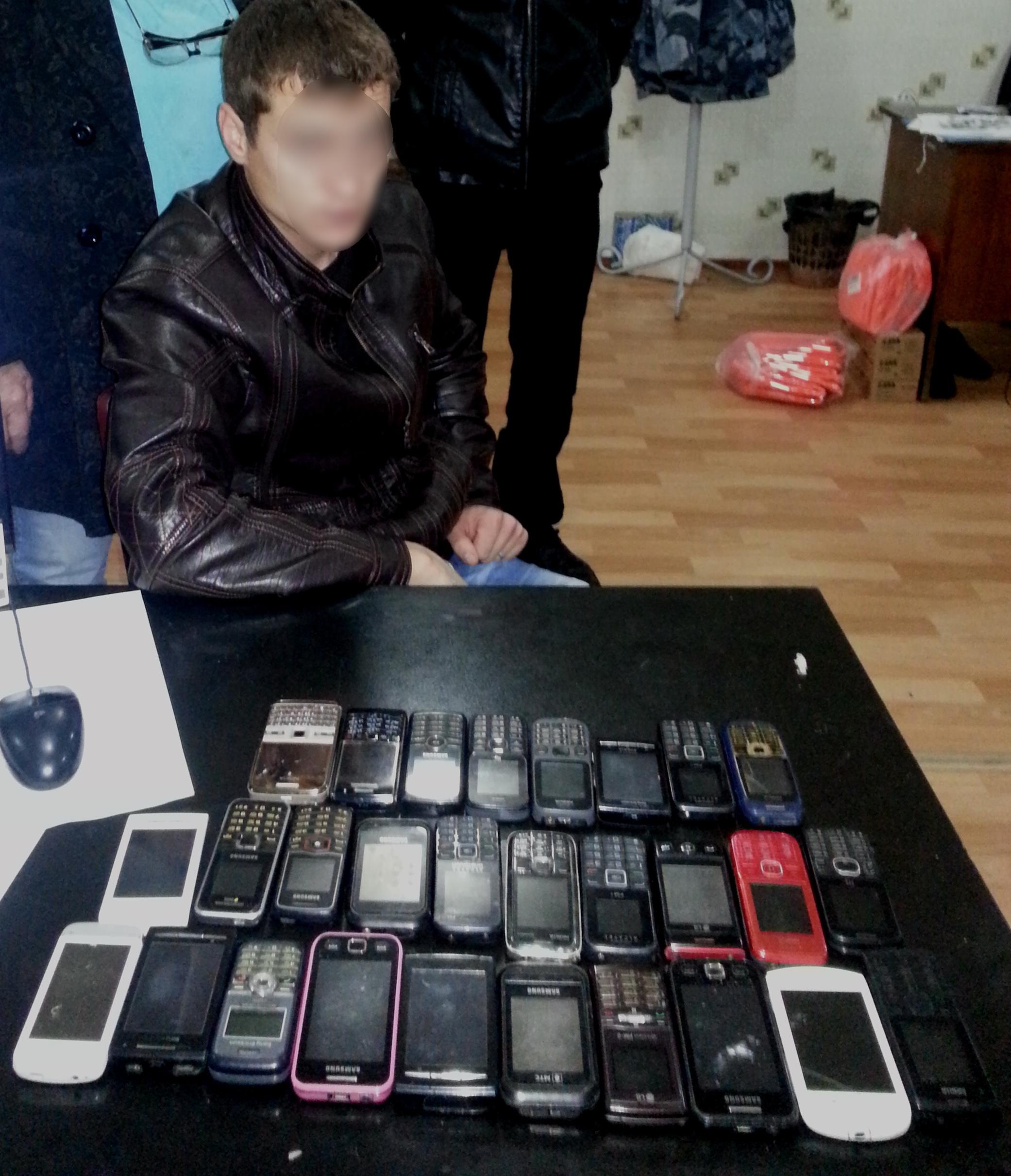 Ввельскую ИК-14 попытались перебросить 13 мобильных— Тюремный пинг-понг
