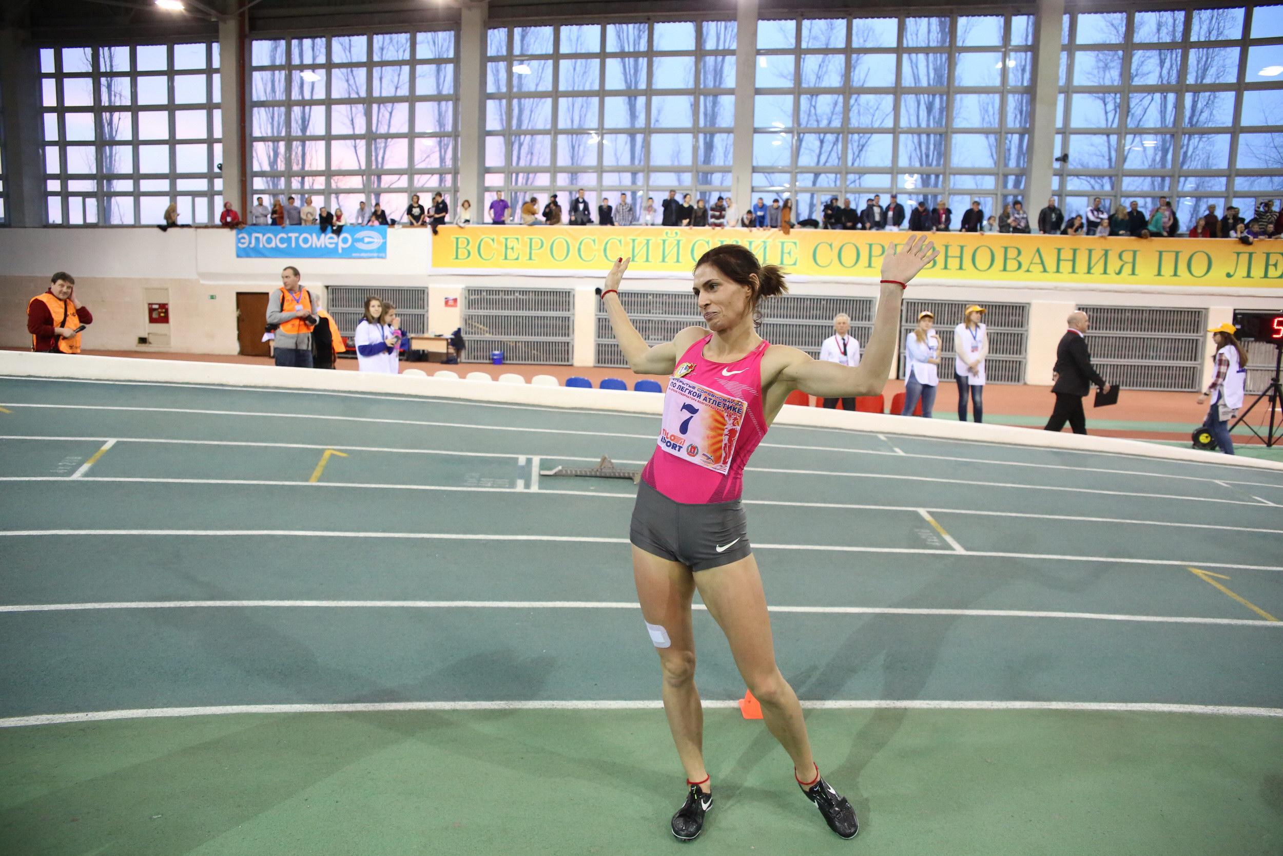 Лучшие легкоатлеты РФ боролись заКубок губернатора Волгоградской области