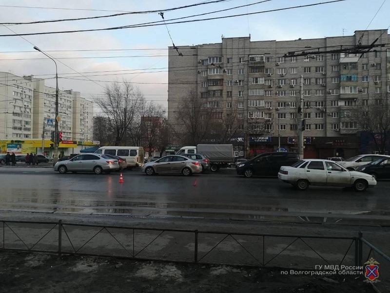 17-летнего пешехода-нарушителя строго сбили насевере Волгограда