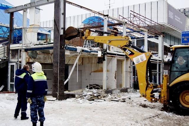Клуб «Звездный» власти Волгограда демонтируют после 5-ти лет судебных тяжб ссобственником